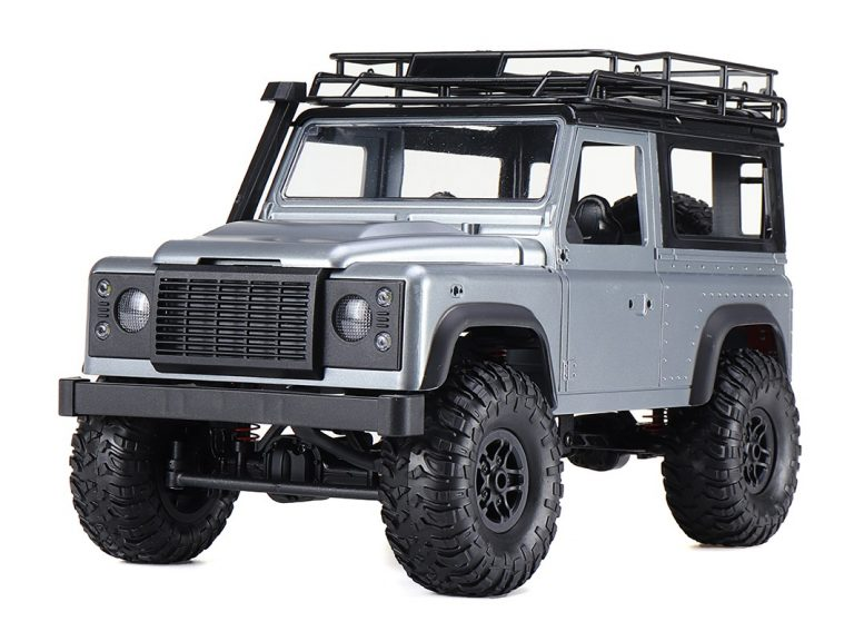 LAND ROVER DEFENDER D90 1/12 SCALE 2
